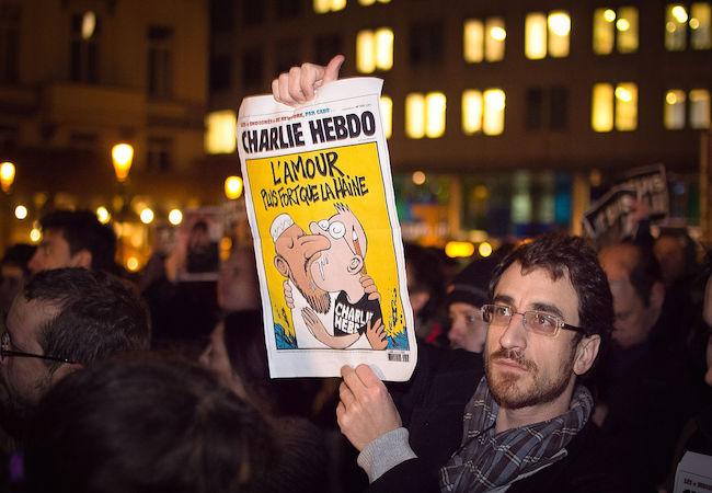 Photo of Fears in Europe of violent retaliation and Islamophobia following Paris killings
