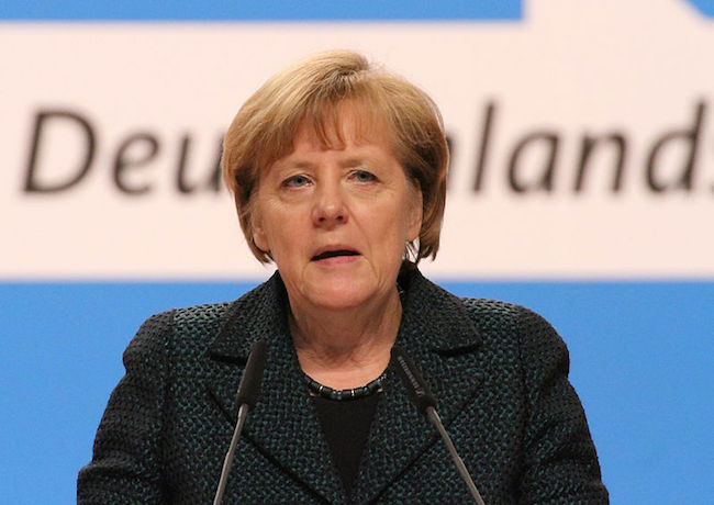 Photo of Merkel expresses support for achieving TTIP this year