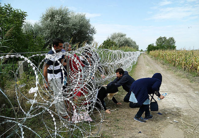 Photo of OSCE calls for respecting migrants' dignity