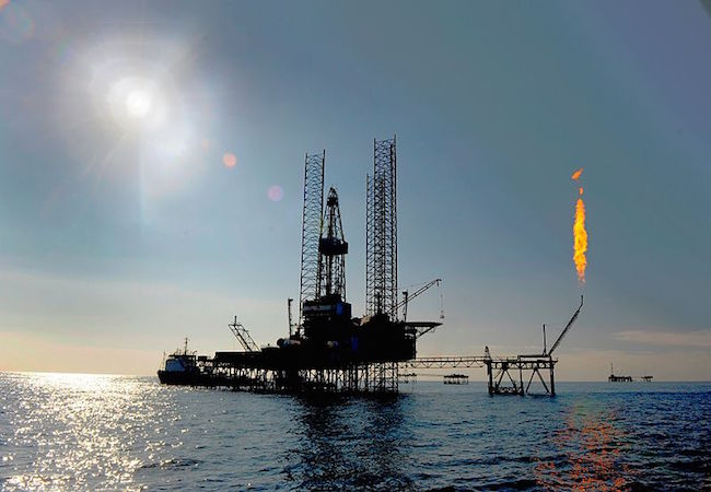 Photo of Falling oil prices: Big Oil's big plans