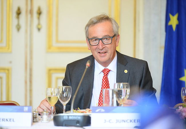 """Photo of EC President Juncker – Lithuanian/Polish gas interconnector project """"historic"""""""