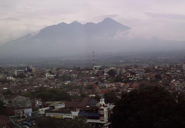 Photo of RRI Bogor launched its market radio program
