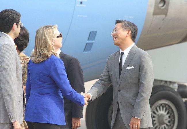 Photo of Ambassador Donald Lu: a master of public diplomacy