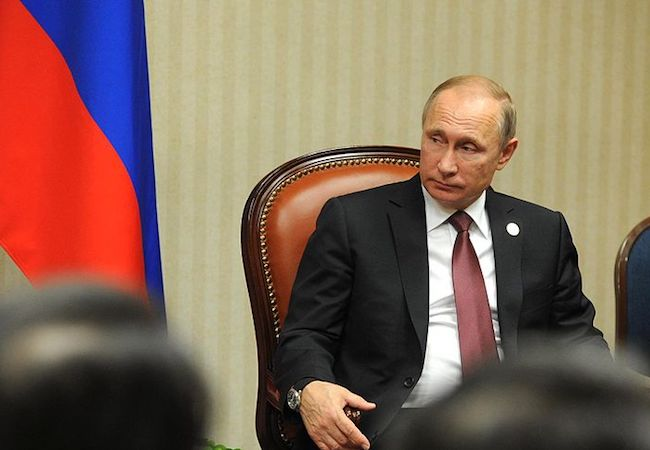 Photo of Enough cyber-disputin'! We just hate Vladimir Putin!