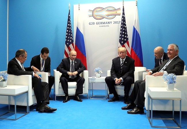 Photo of 2018 US foreign policy: expect continuance of cataract vision
