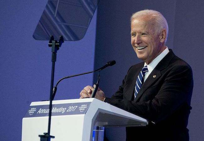 """Photo of Biden's """"You ain't black"""" comment embodies everything wrong with the Democrats"""