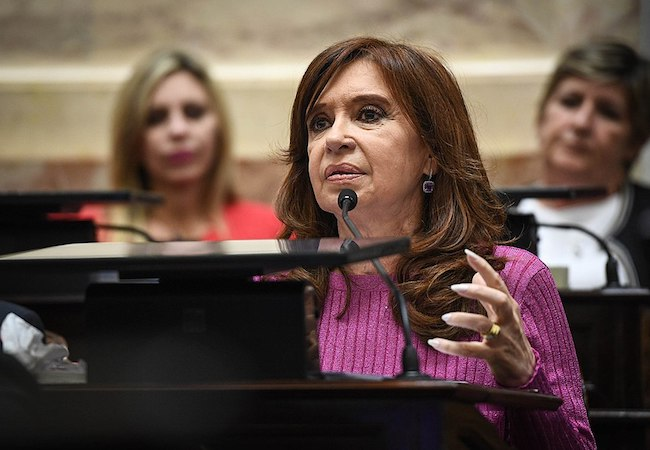 Photo of A dangerous sequel: Argentina's Kirchner plans presidential return