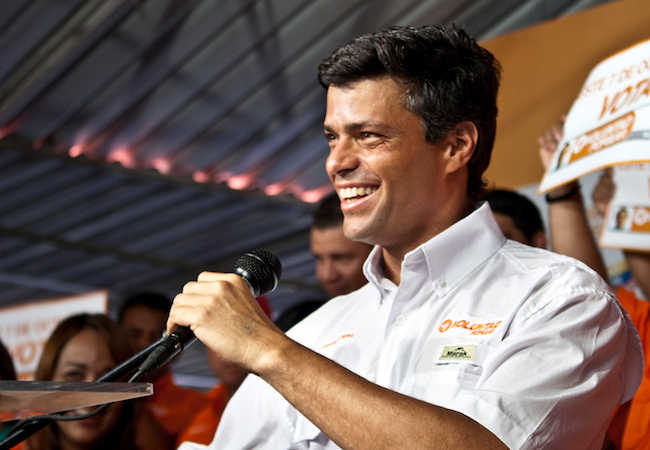 Photo of Who is Leopoldo López, the newly freed opposition leader behind Venezuela's uprising?