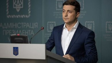Photo of Ukrainian comedian Volodymyr Zelensky elected president