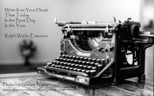 my antique typewriter photo logo sheree sig
