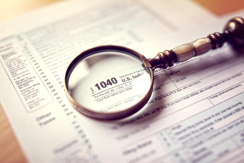 Income tax return graphic
