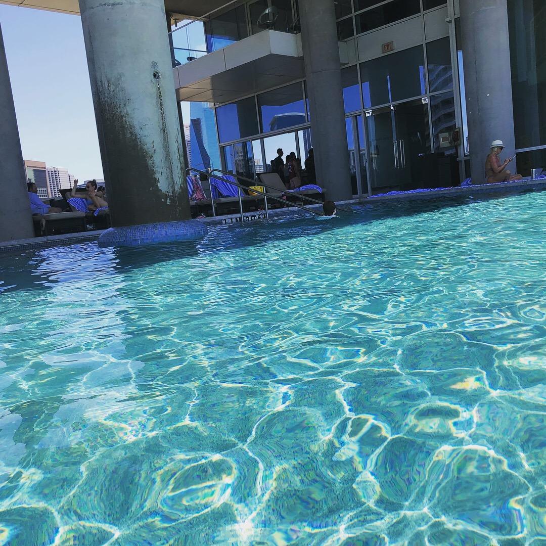 w dallas victory, dallas hotel, w hotels, spg, starwood hotels, dallas, downtown dallas, downtown dallas hotel, hotel pool, infinity pool