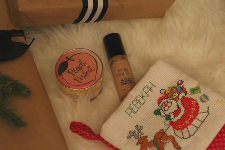 too faced, too faced beauty, stocking stuffers, peach setting powder, setting powder, born this way, born this way concealer