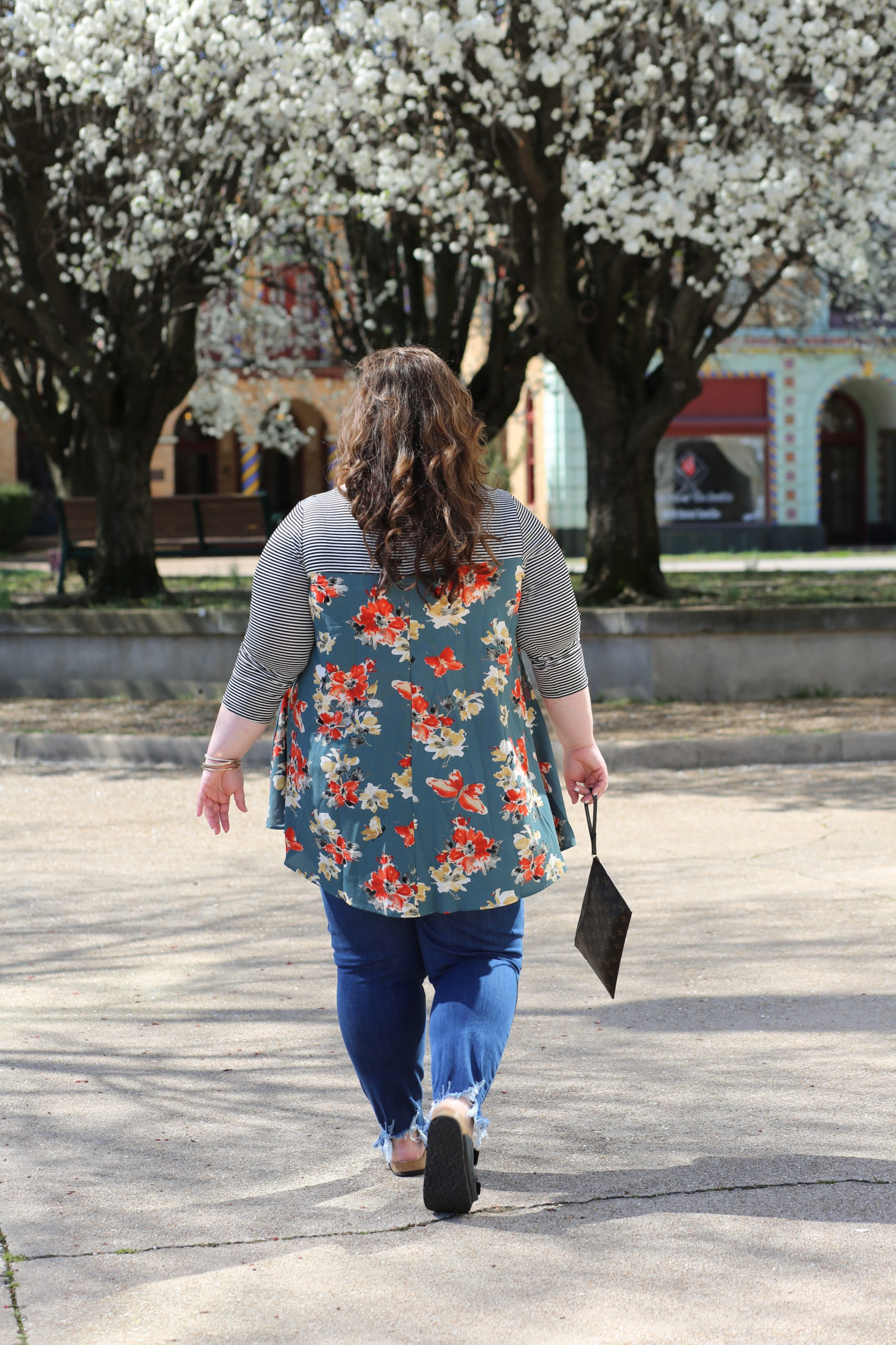curvy boutique, the wandering willow, rebekaheliz, rebekahelizstyle, curvy style, plus size style, plus size blogger, spring style