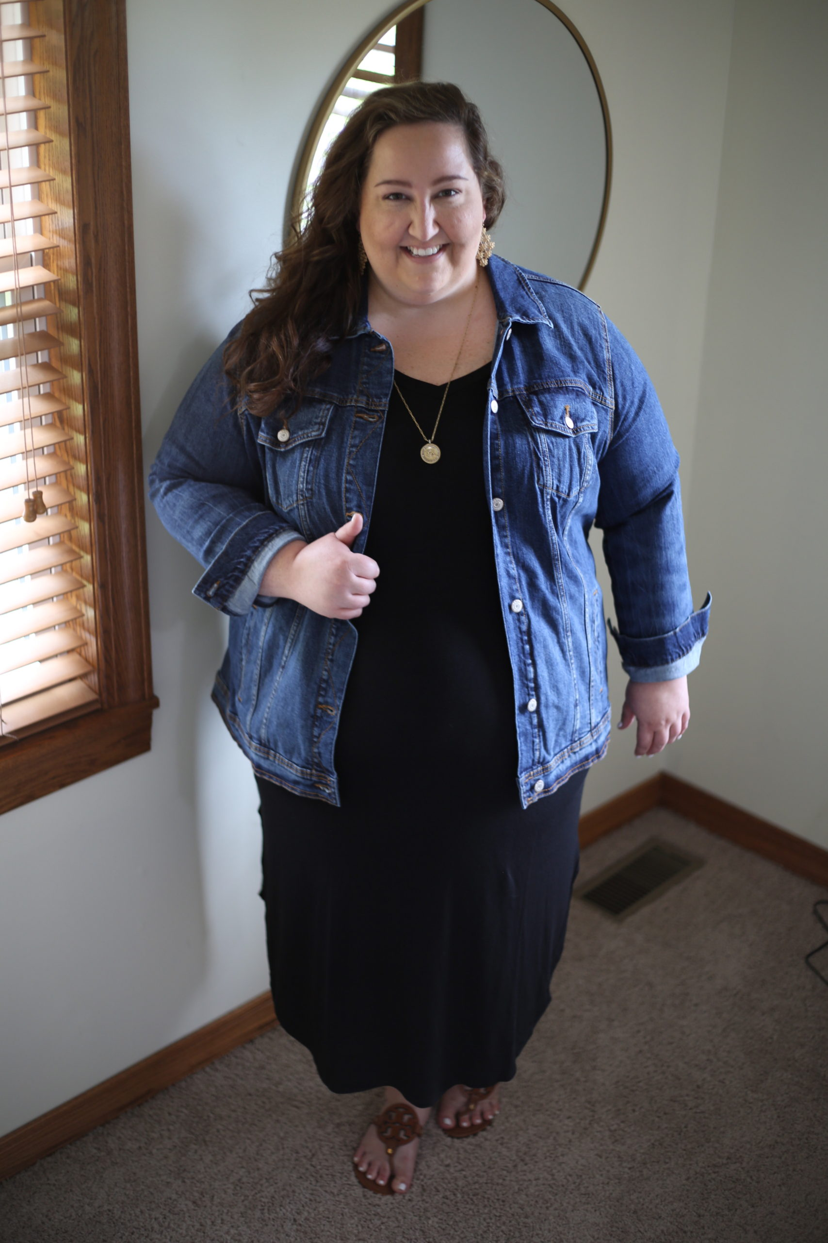 little black dress, curvy style, plus size style, LBD, the wandering willow boutique
