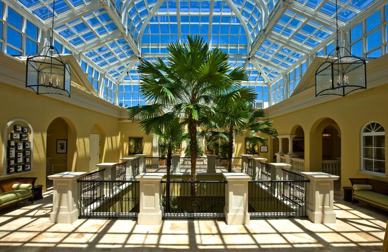 golf clubhouse atrium