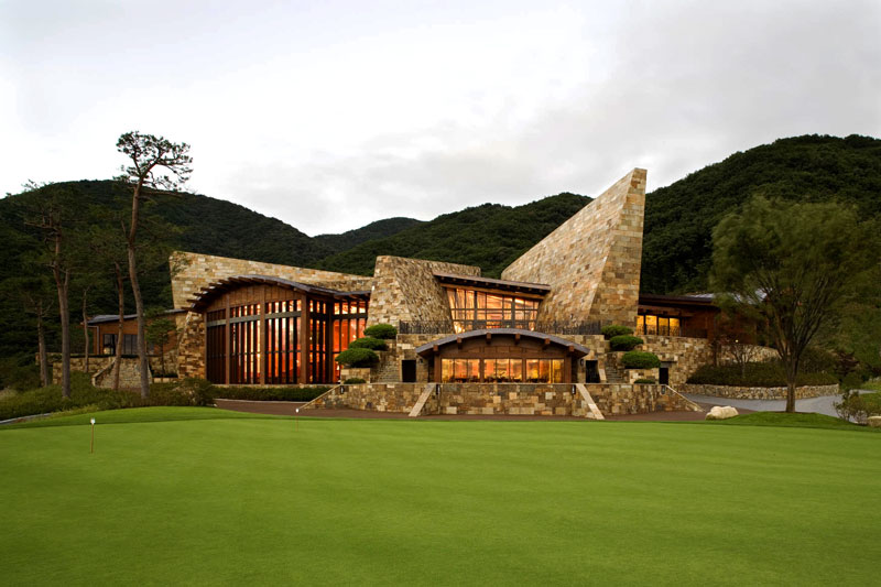 contemporary golf clubhouse architecture