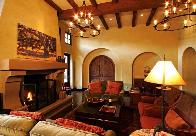 golf clubhouse living room