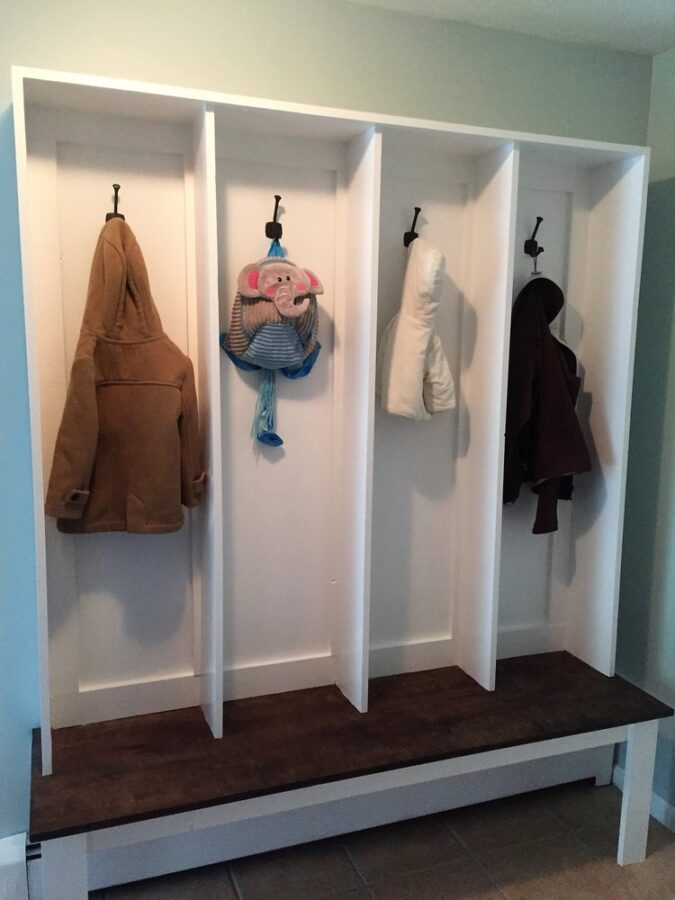 DIY built-in bench for our mudroom makeover