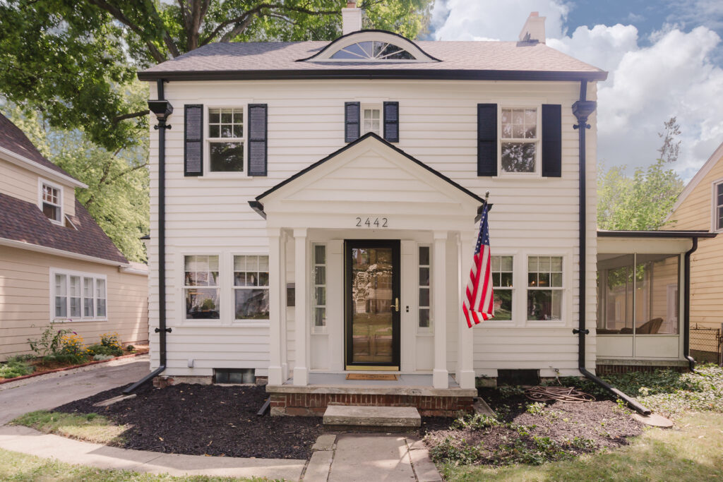 1920s colonial home restoration