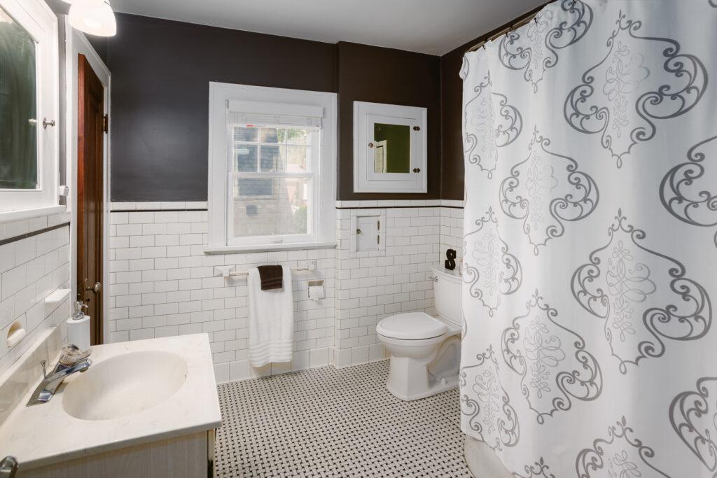 Original bathroom of a 1920's colonial home