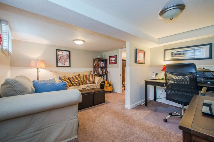 Staging tips to sell your small home fast