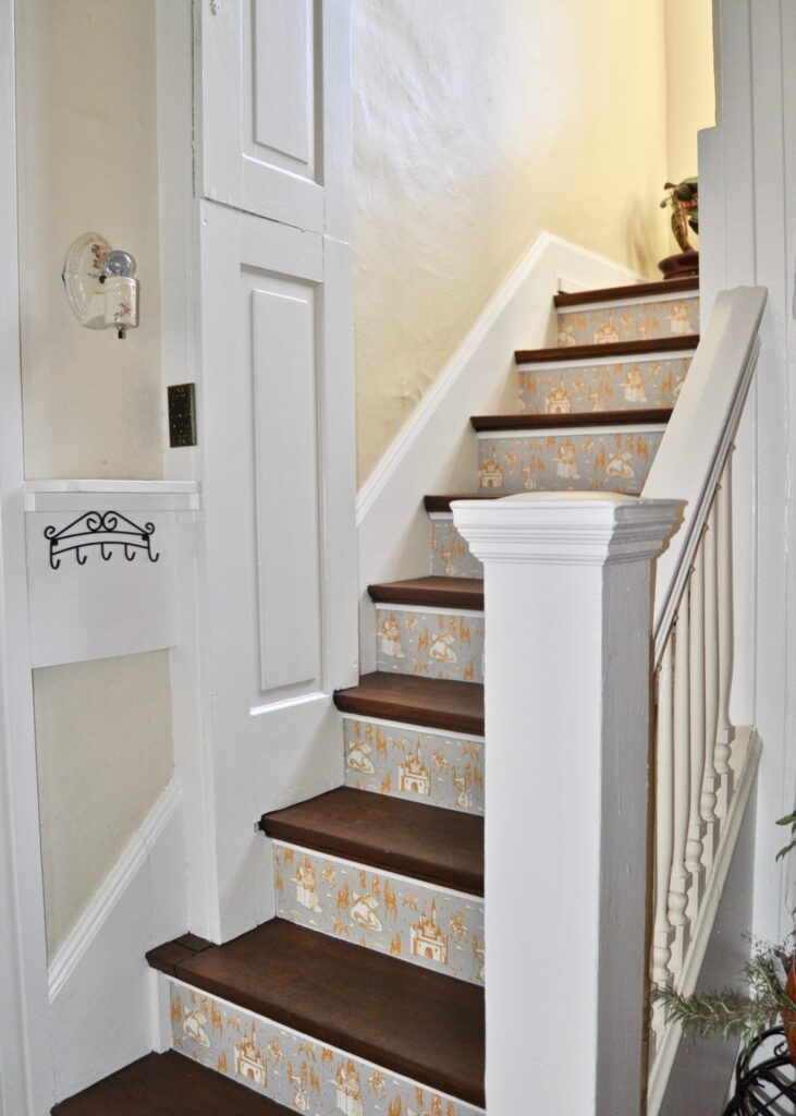 Wallpaper on stair treads
