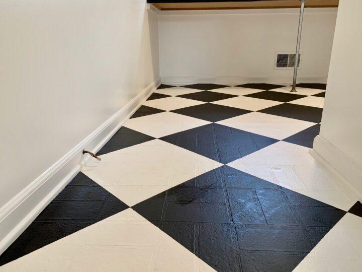 How to paint linoleum floors #rustoleum