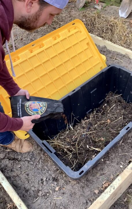 Build your own compost station at home
