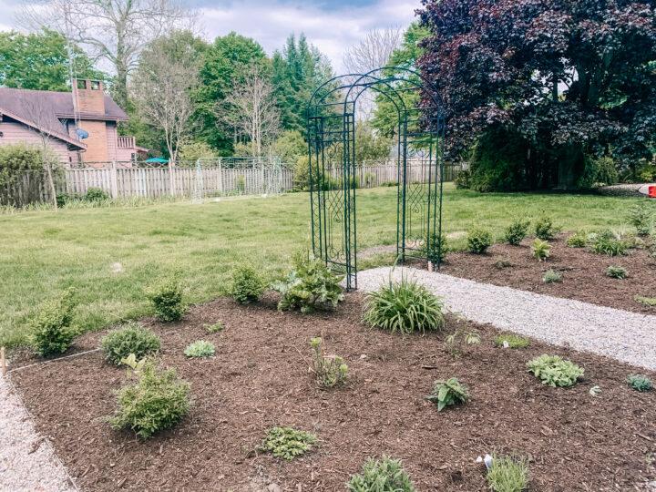 English garden arbor DIY