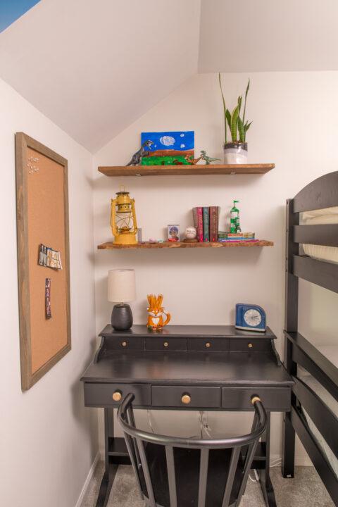 Inexpensive homework station | Building Bluebird #diy