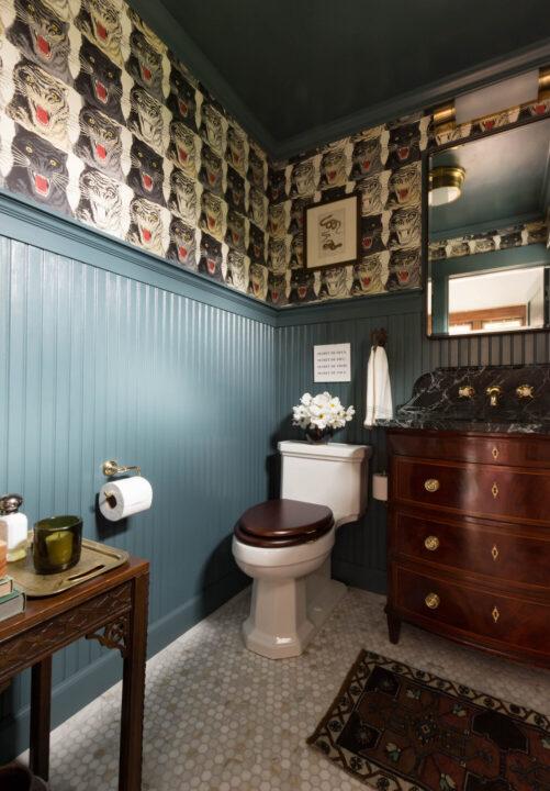 Bold bathroom design by A Layered Life