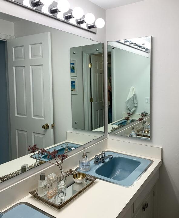 Retro master bathroom makeover reveal | Building Bluebird #bluetile #vintage