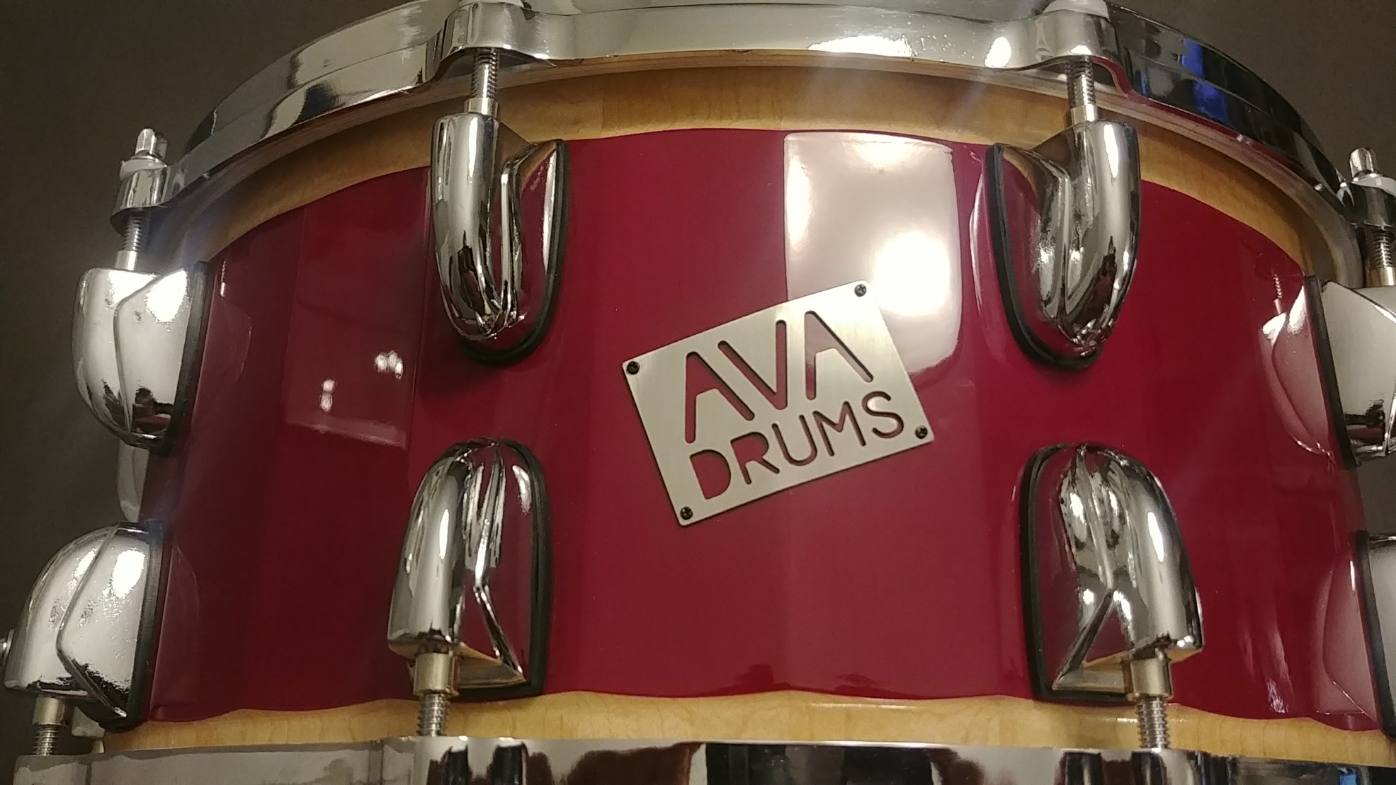 14 X 6.5 MAPLE SNARE MAROON ACCENT