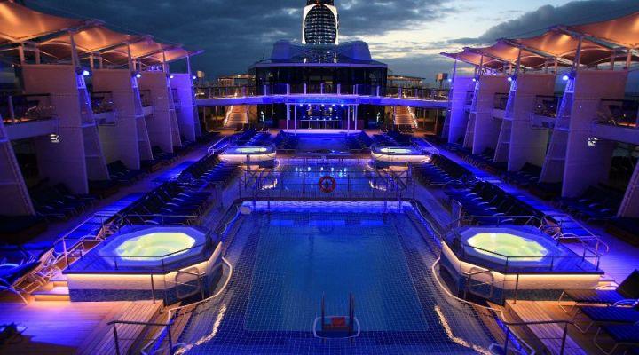 celebrity cruise night life