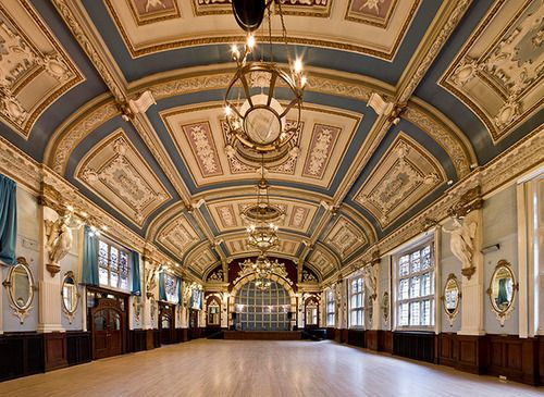 Uncovering the finest architecture in London - Finsbury Town Hall, Islington