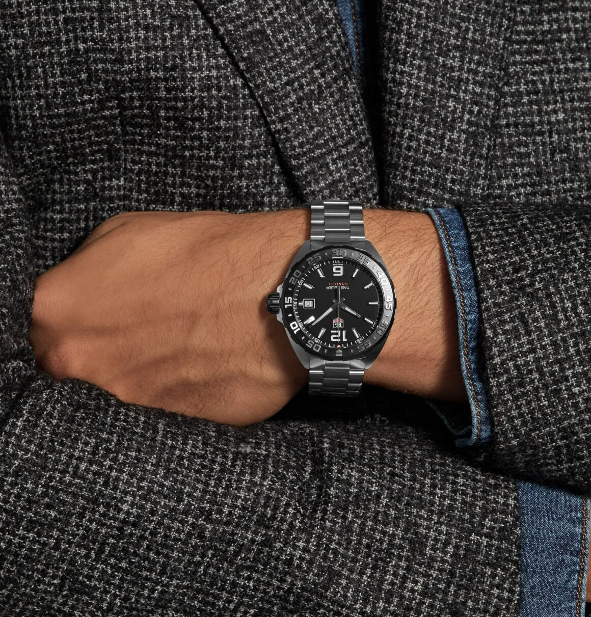 Five Affordable Watches to Start Your Collection - Tag Heuer F1