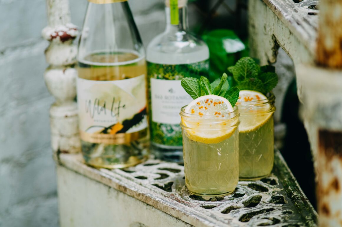 3 of the Best Bank Holiday Cocktails to Make at Home - La Maison Wellness