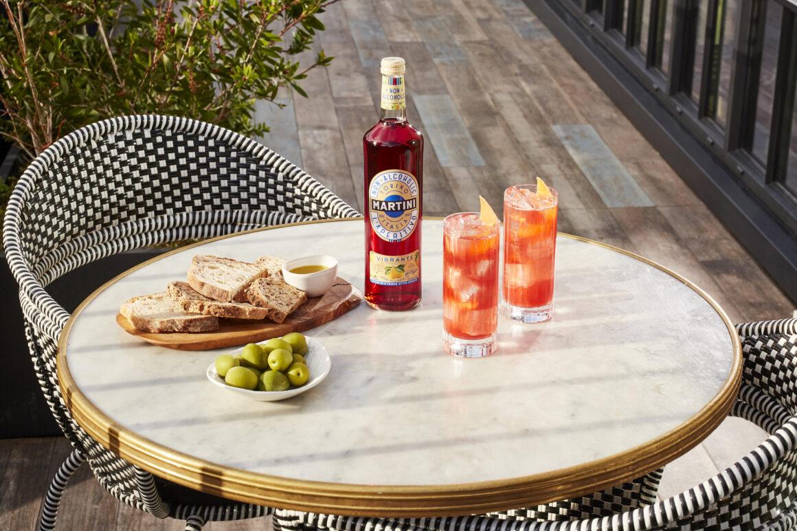 Best Summer Spritz Sippers - MARTINI Vibrante Spritz