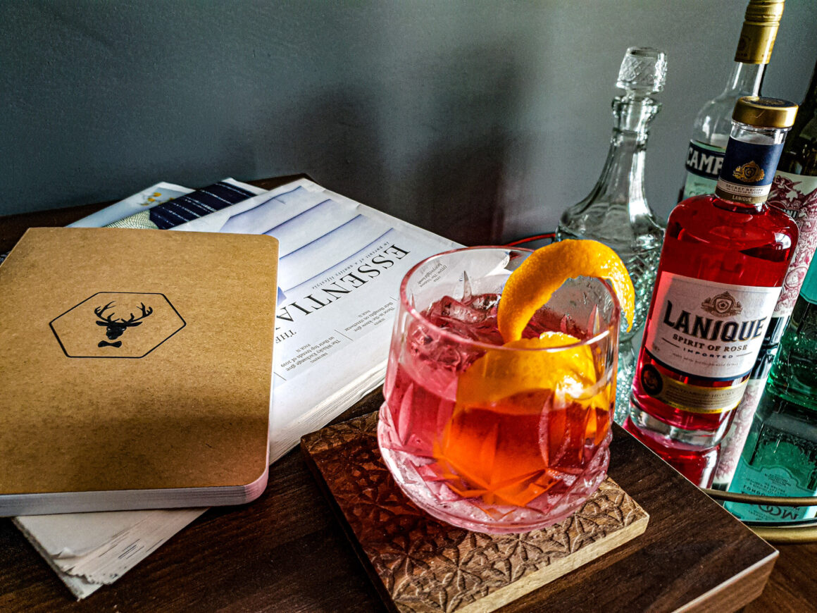 A Lanique Negroni Drinks Mix Off The Cuff LDN