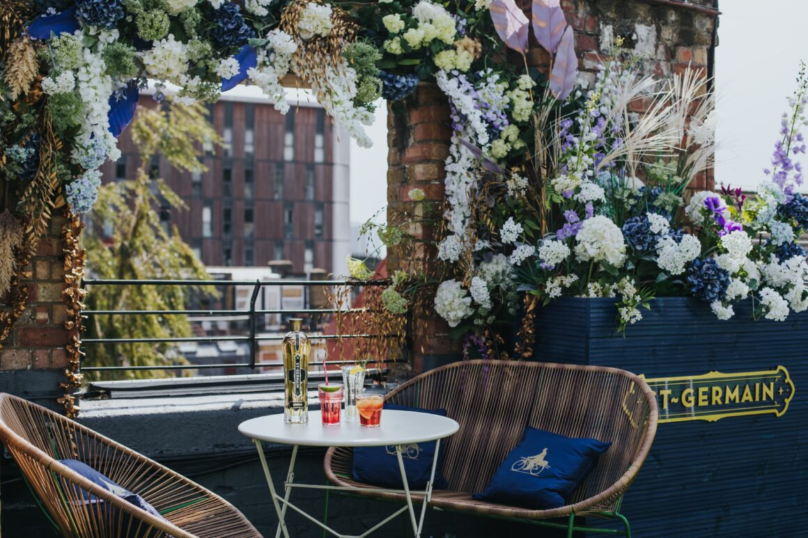 Alfresco drinking in London - St-Germain x Dalston Roof Park