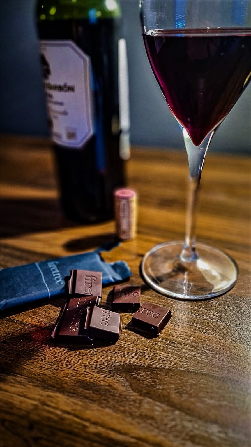 Luxury Chocolate and Wine - Firetree 25g bar