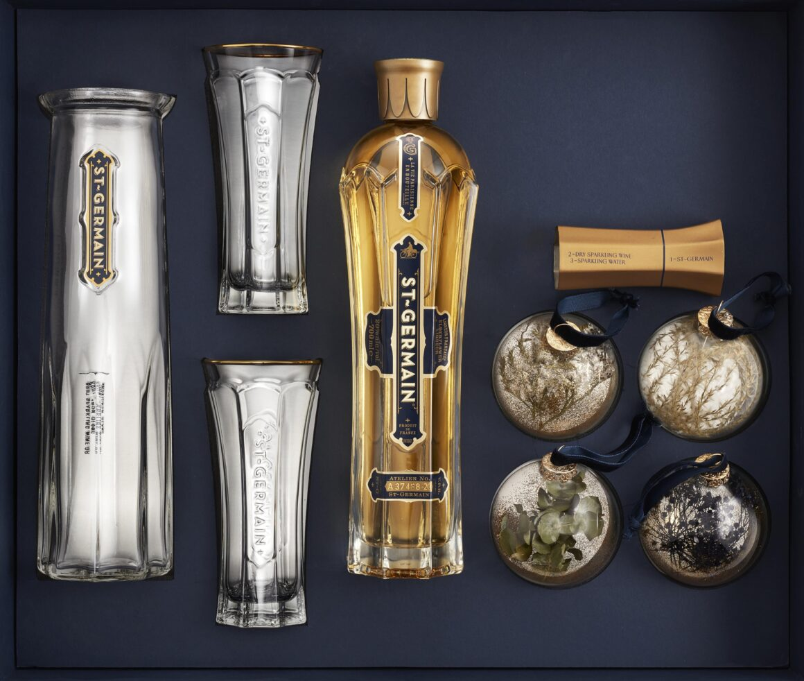 St-Germain Baubles and Spritz Christmas festive kit box