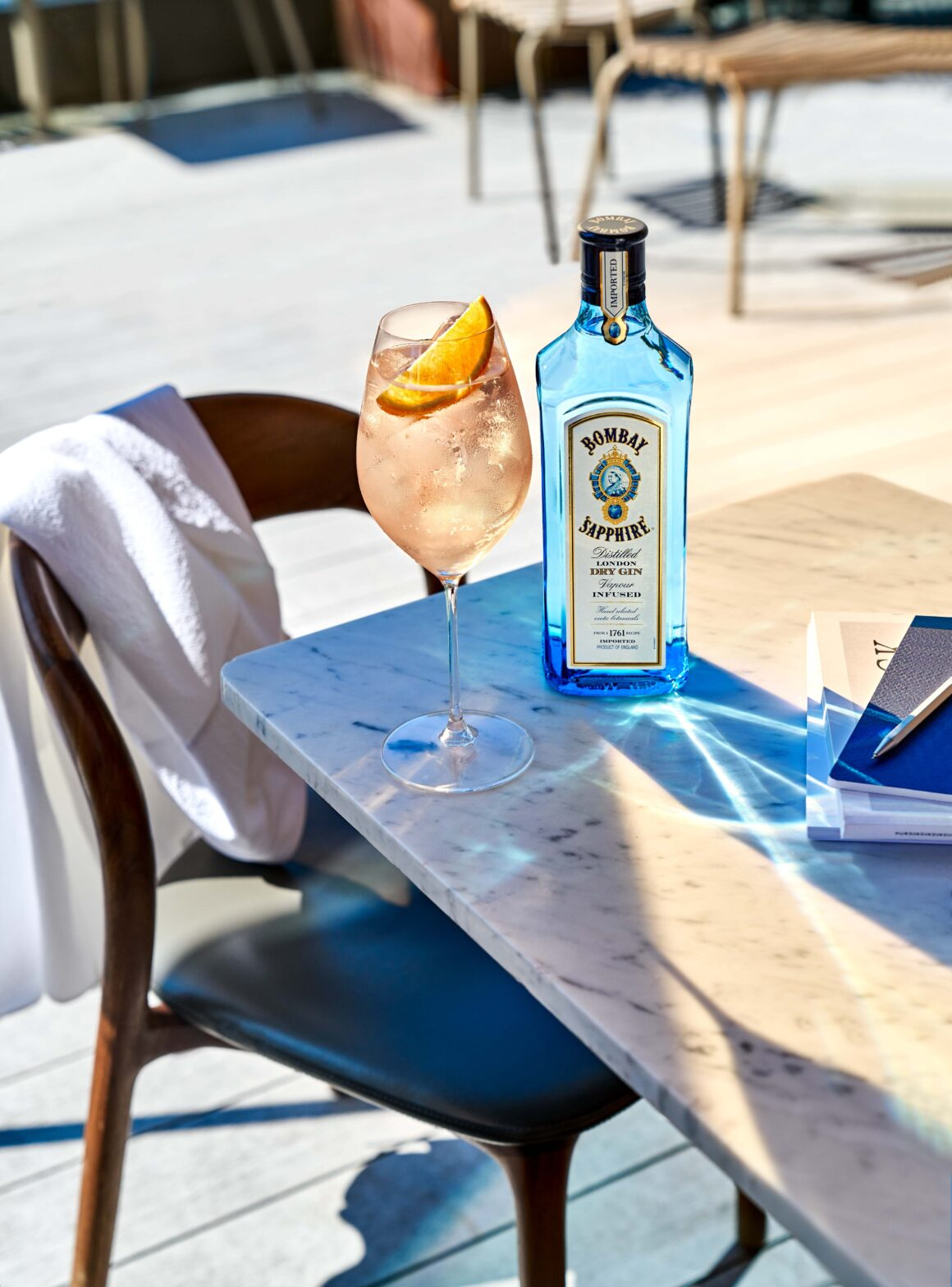 Tips on pre-batching alfresco cocktails - Gin and tonic spritz