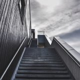 stairs-918735_640-1-160x160.jpg?time=1568905408
