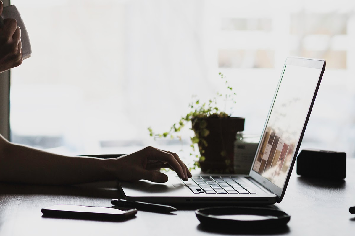How to Ask for an Internship, Plus 3 Cold Email Templates