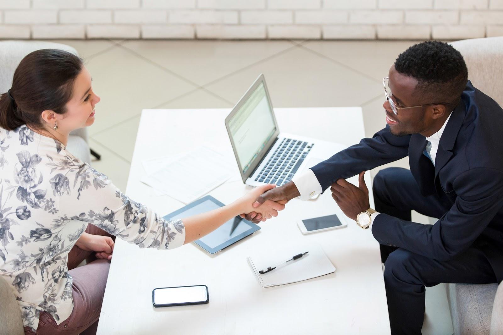 Internship offer letter: People shaking hands
