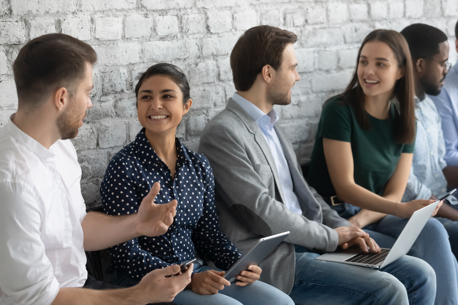 VMware internship: Applicants talking with each other while waiting in line