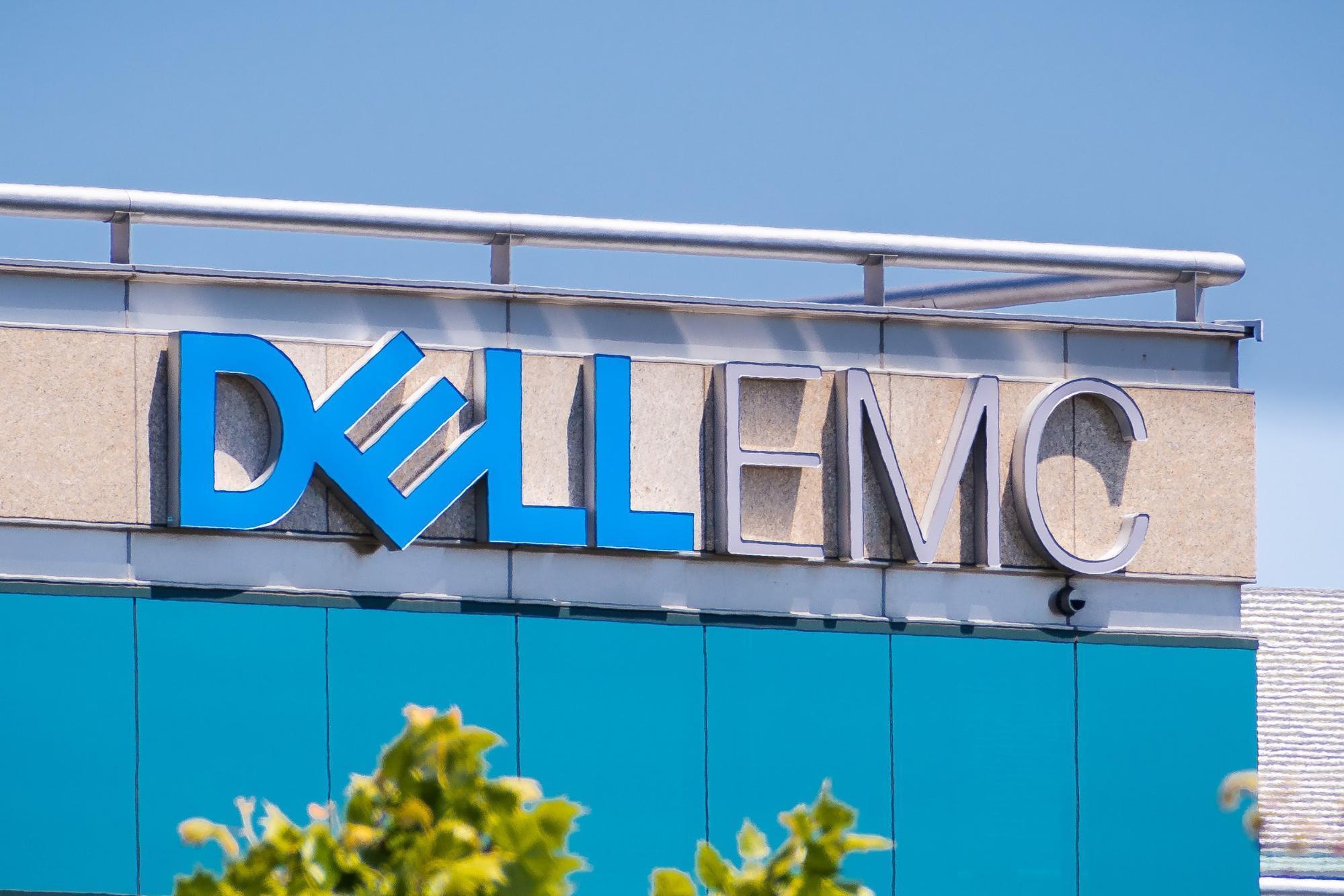 Dell internships: DELL EMC logo
