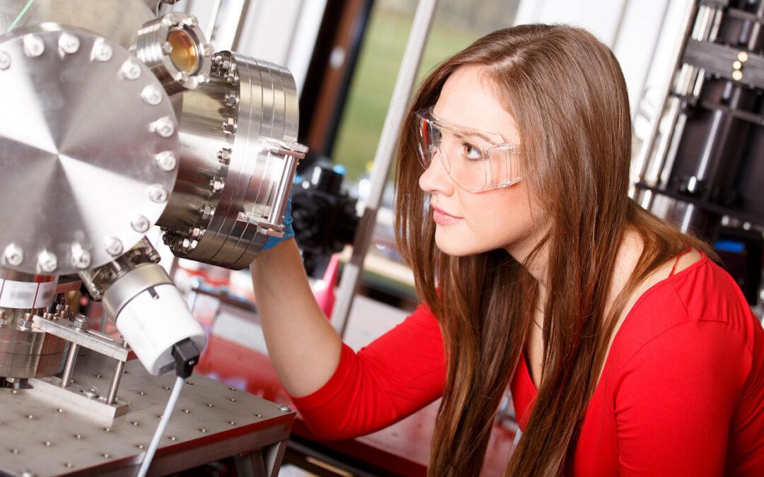 The 10 Best Entry-Level Jobs for Physics Majors